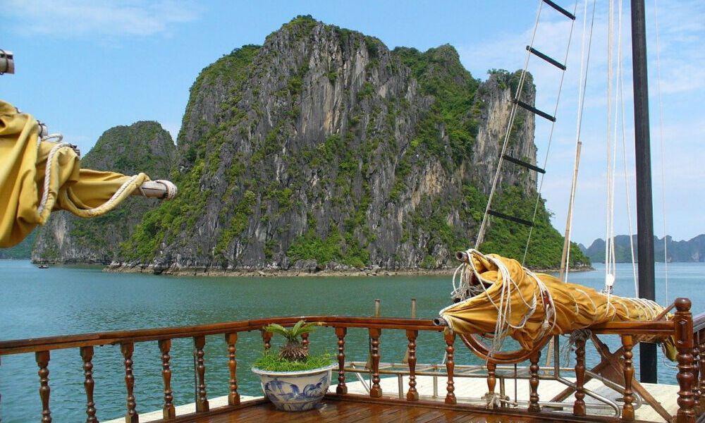 Bezoek het prachtige Halong Bay